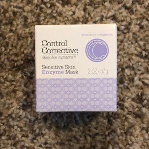 Sensitive Skin Enzyme Mask